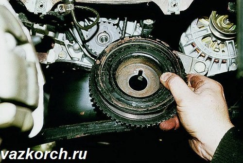 Замена сальников коленвала на ВАЗ-2110: 8 клапанов, фото