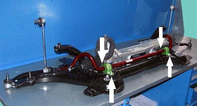 Скрипит передняя подвеска на Лада Веста: втулки стабилизатора