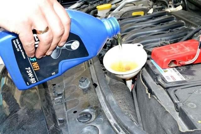 Сколько литров масла в АКПП на Рено Меган 2: фото
