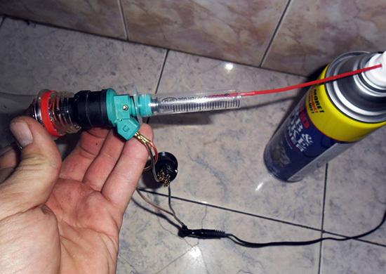 Чистка форсунок на ВАЗ-2114 своими руками: снятие, фото и видео