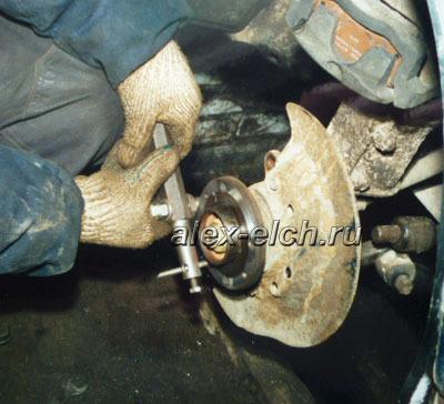 ВАЗ-2112 бьёт в руль при торможении на скорости: фото, ремонт