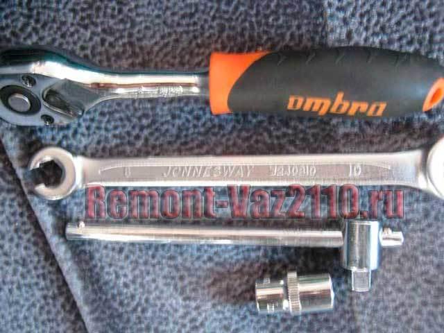 Как снять задний тормозной цилиндр на ВАЗ-2110 для замены