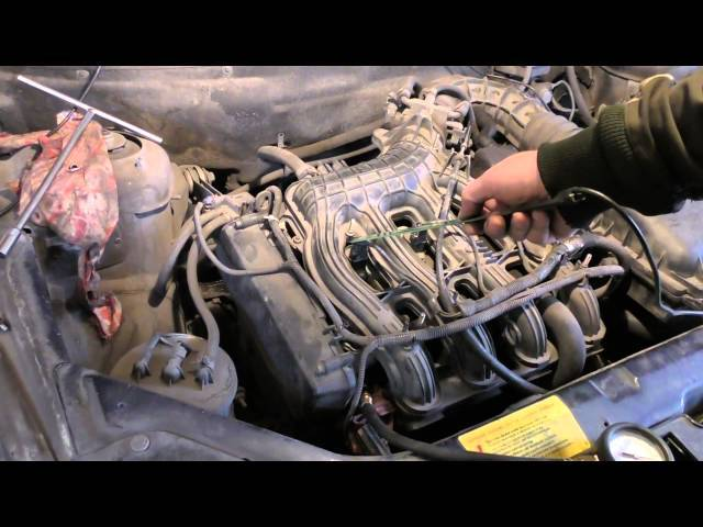 Троит двигатель ВАЗ-2122 инжектор 16 клапанов: причины и фото