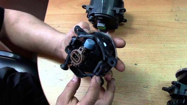 Установка противотуманных фар на Рено Логан: фото, видео, советы