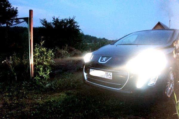 Как заменить лампу ближнего света на Пежо 307: фото и видео