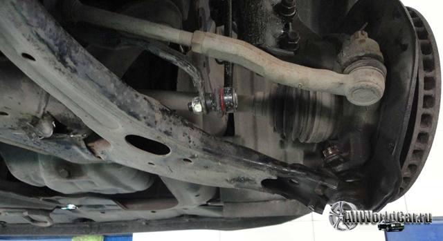 Замена сайлентблоков передних рычагов Тойота Королла 120