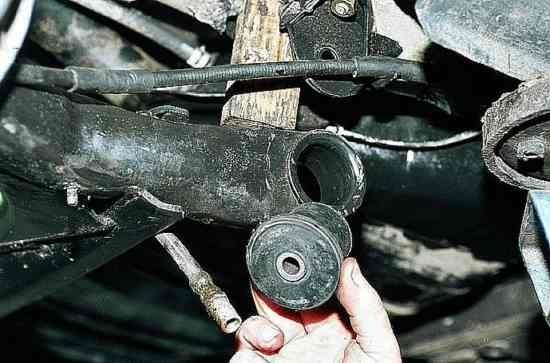 Замена сайлентблоков передней балки на ВАЗ-2110: видео и фото