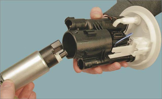 Замена топливного фильтра на Лансер 9 своими руками: видео