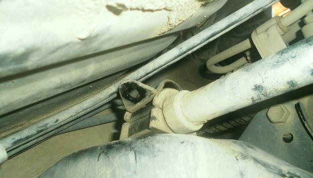 Замена втулок стабилизатора Тойота Королла 120: фото и видео