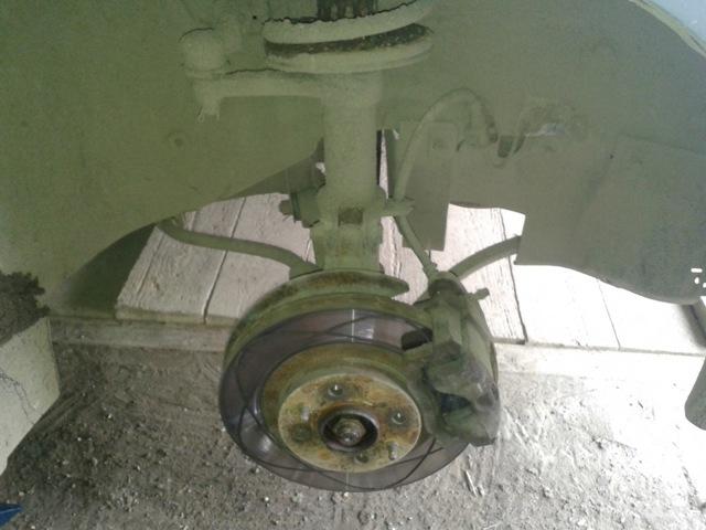 Замена передних стоек ВАЗ-2112 своими руками: фото и видео