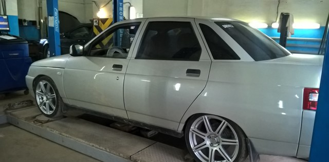 Разболтовка колёсных дисков и колёс на ВАЗ-2110