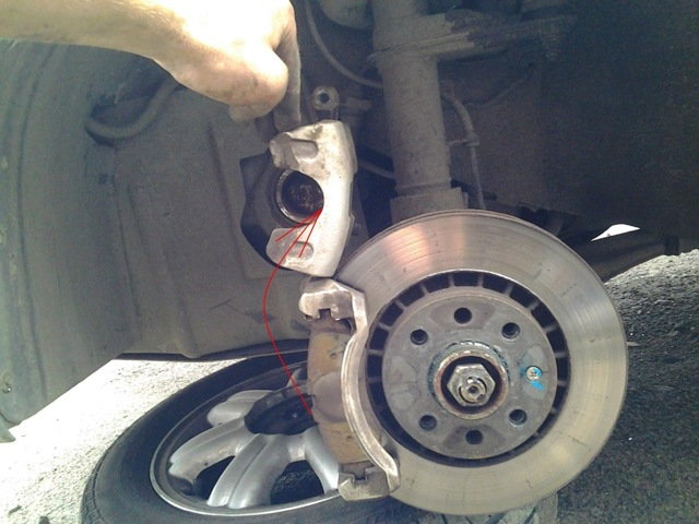 Замена передних тормозных колодок на Дэу Нексия: артикулы, видео