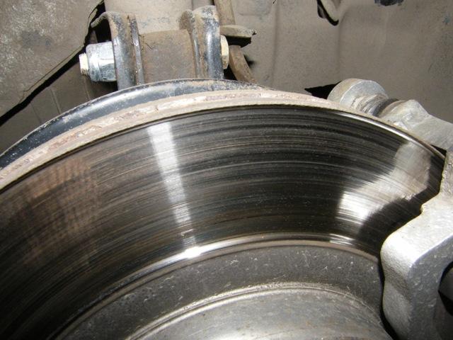 Замена передних тормозных дисков на ВАЗ-2112: фото, видео