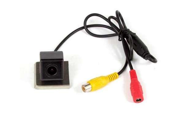 Установка и подключение камеры заднего вида Рено Дастер