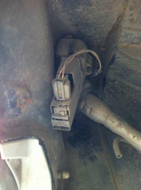 Как снять лючок бензобака на форд фокус 2: фото и видео
