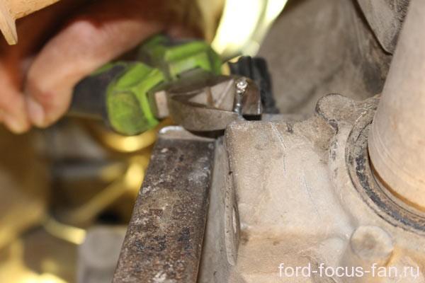 Не работает спидометр на Форд Фокус 2: причина, видео