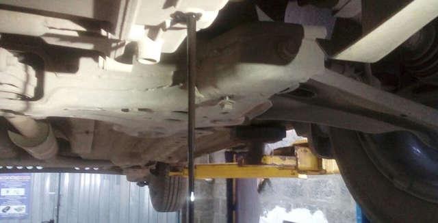 Замена масла в АКПП в Шевроле Кобальт: фото