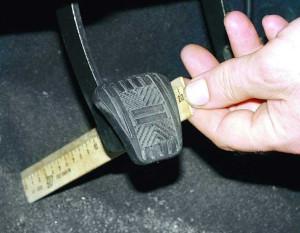 Провалилась педаль сцепления на ВАЗ-2110: причины