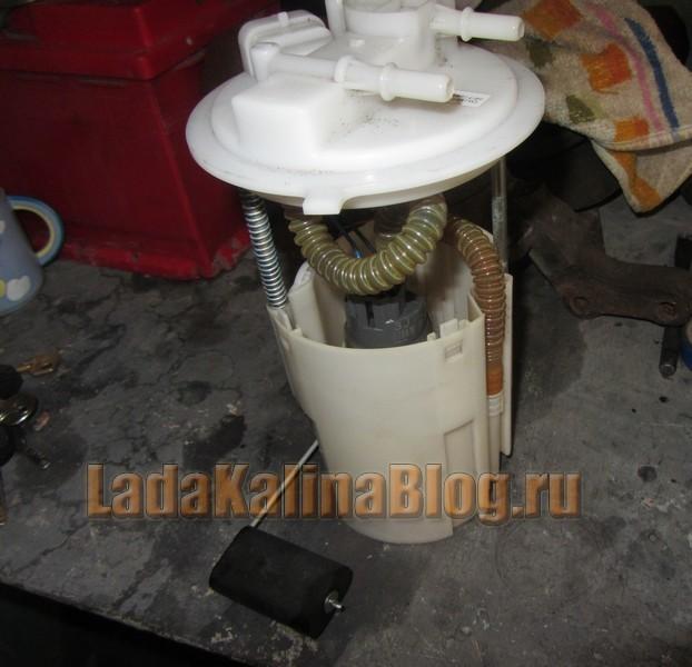 Замена и снятие бензонасоса на Лада Калина: фильтр, сетка, фото