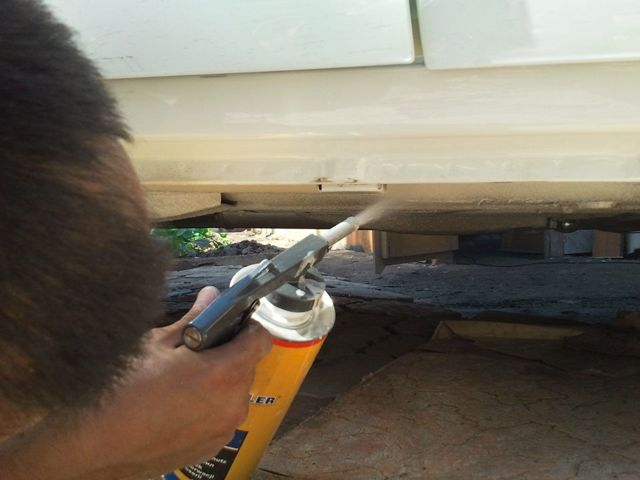 Как защитить от коррозии днище Лада Гранта: советы и фото