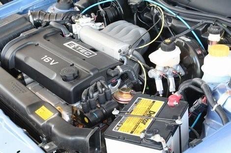 Какое масло заливать в двигатель в Дэу Нексия: 8 и 16 клапанов