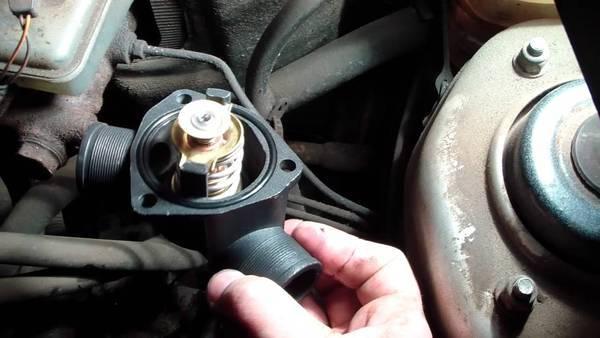 Какой термостат лучше поставить на ВАЗ-2114 инжектор: фото, видео