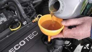 Какое масло лучше заливать в двигатель в Шевроле Авео