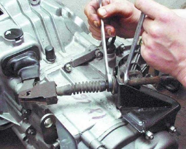 Как подтянуть и проверить сцепление на ВАЗ-2110: фото и видео