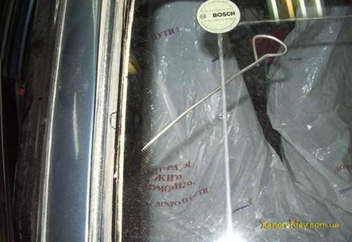 Замена лобового стекла ВАЗ-2112 своими руками: фото и видео