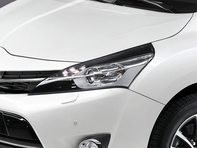 Тойота Версо 2019 года: новый кузов, цены, комплектации и фото