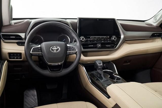 Тойота Хайлендер 2019: в новом кузове, цены в России,фото