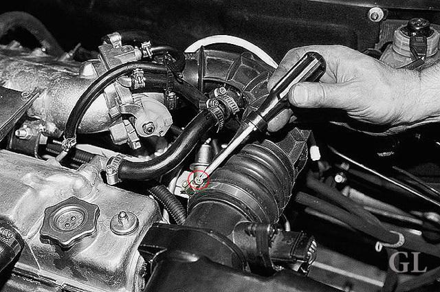 Чистка дроссельной заслонки на ВАЗ-2112 16 клапанов: фото, видео