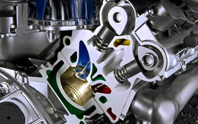 Металлический звук при запуске двигателя на Рено Дастер