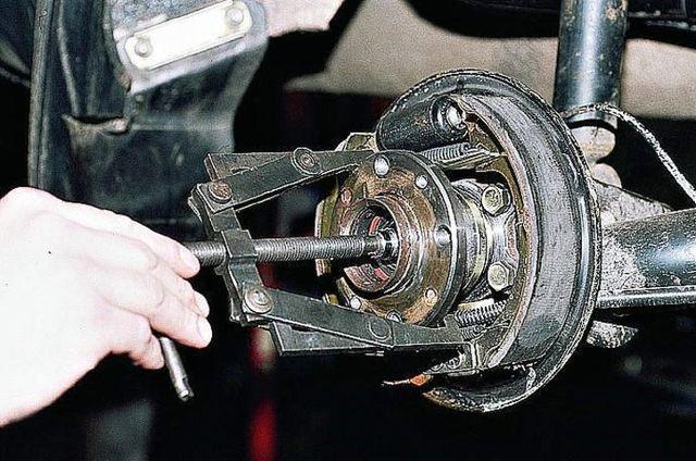 Какой лучше выбрать передний ступичный подшипник на Форд Фокус 2