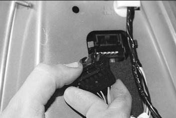 Как заменить лампы габаритного огня на Рено Логан: видео и фото