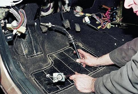 Замена тросика сцепления на ВАЗ-2112 16 клапанов: фото, видео