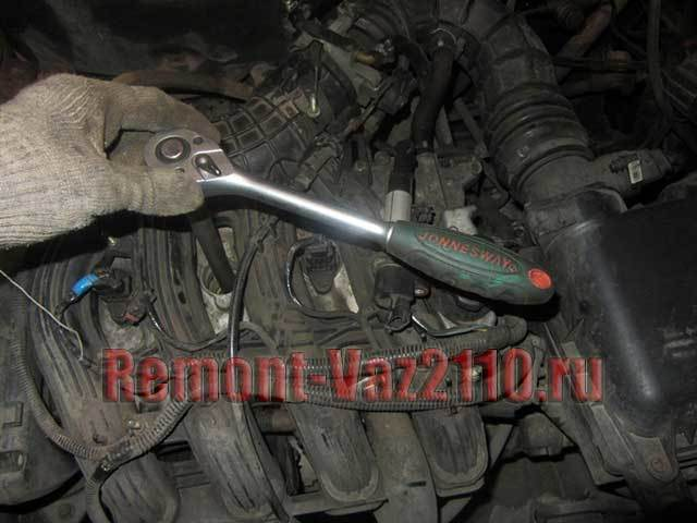 Замена свечей зажигания на ВАЗ-2112 16 клапанов: видео и фото