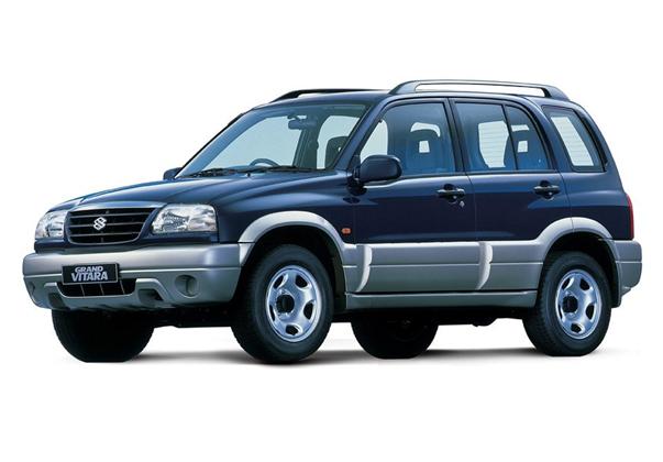 Вместимость багажника Сузуки Гранд Витара: объём отделения