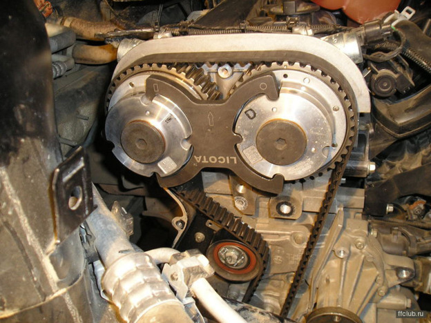 Как заменить датчик скорости на ВАЗ-2114: фото и видео