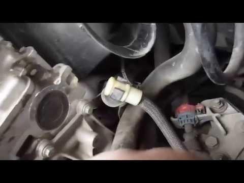 Когда менять масло в коробке передач Рено Логан: интервалы +видео