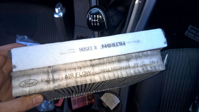 Замена салонного фильтра на Форд Фокус 2: фото и видео