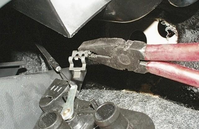 Где находится краник печки на ВАЗ-2114: фото и видео
