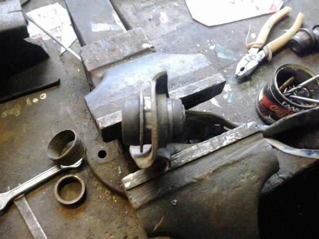 Замена ромашек на ВАЗ-2114 своими руками: видео сайлентблоков