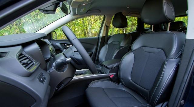 Привод 4x4 в английской версии модели kadjar доступен лишь в паре с дизелем