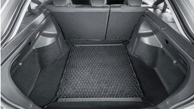 Какой объём багажника Лада Гранта седан и лифтбек: фото и видео