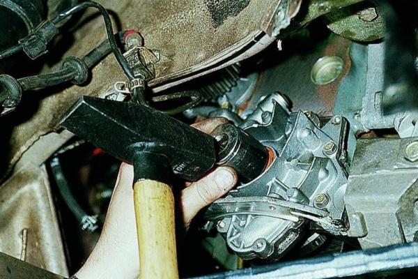 Замена сальника коленвала на ВАЗ-2114 8 клапанов: фото и видео