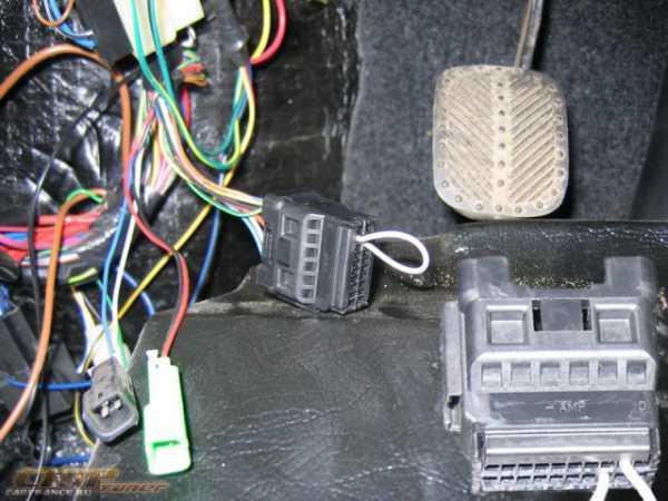 Как установить бортовой компьютер на Ниву Шевроле: подключение