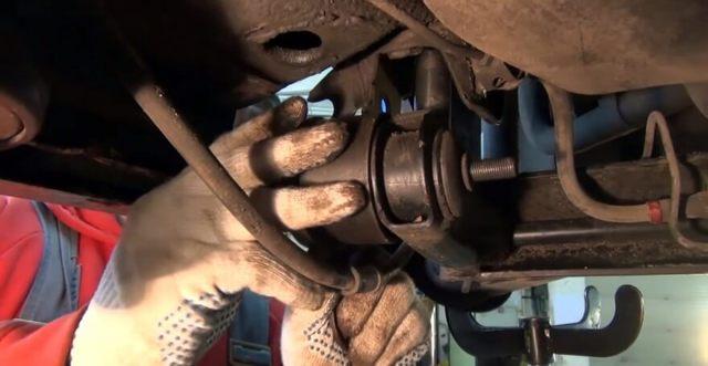 Замена сайлентблоков задней балки на ВАЗ-2110: фото и видео