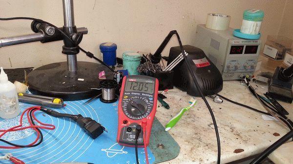 Где находится реле зажигания на ВАЗ- 2112 16 клапанов: фото