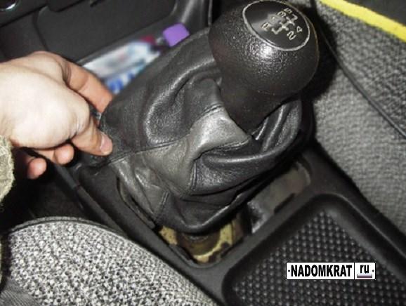 Дребезжит рычаг КПП и кулиса на ВАЗ-2114, что делать?